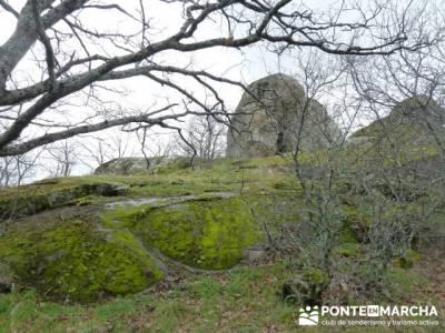 Silla de Felipe II y la Machota;senderismo euskadi;senderismo material